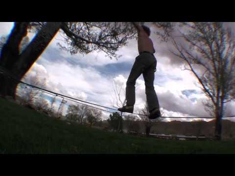 YouTube – Slackline: Sticky 360 & Fire Feetなど