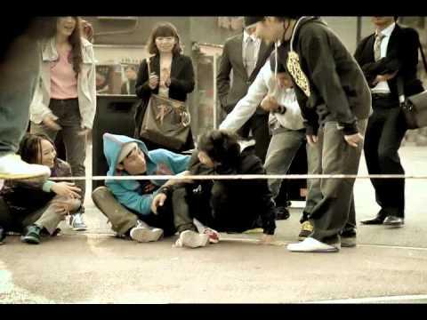 YouTube – Reelite Slackliner 韓国のリーボックのCMに日本人ライナー二人が出演