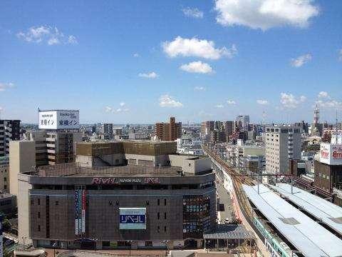 8月3日(土)に久留米岩田屋の屋上でスラックラインをやろう!