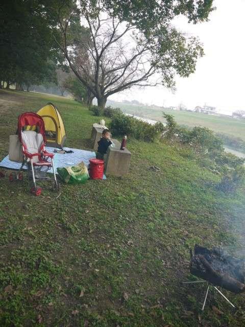 焚火とご飯とテント